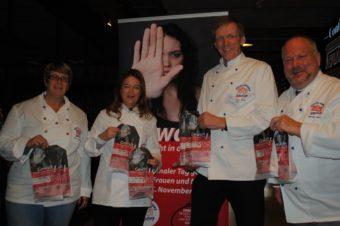 Bäcker-Innung Hamburg gegen Gewalt (von links: Solvey Hansen, stv. OM Katharina Daube, OM Jan-Henning Körner, LBÖ Heinz Hintelmann)
