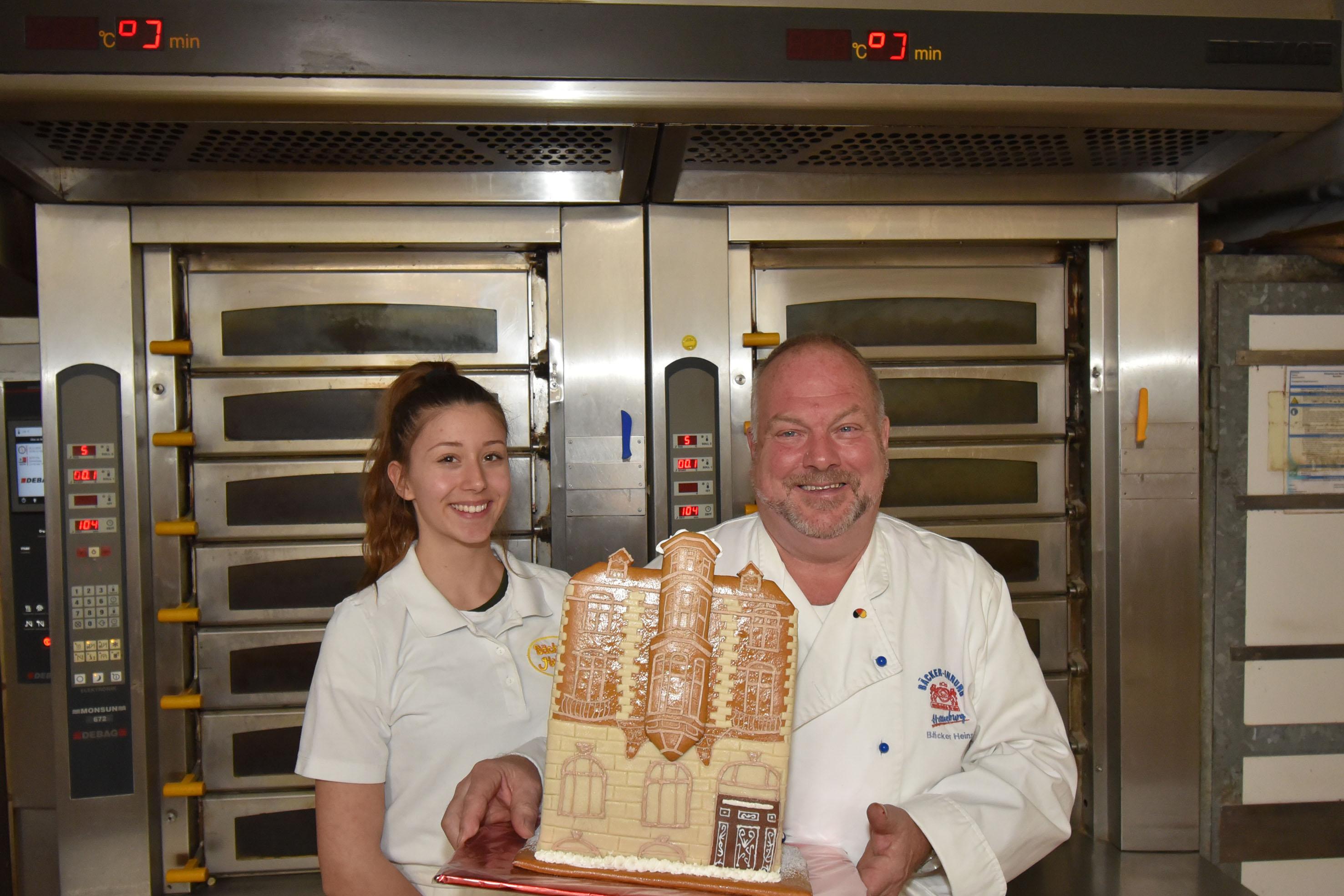Lebkuchenhauswettbewerb 2019! Stolze zweifache Siegerin!